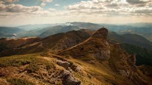 hillside-1207334_1280